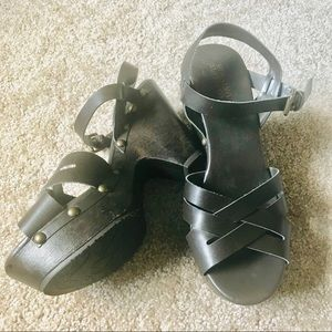 Mossimo chocolate brown sandals size 8